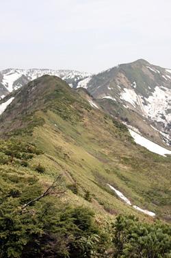 稜線からの白砂山