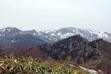 八間山からの白砂山