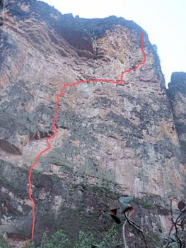 Amurí wall・Amuríta(E7 6b / 600m)