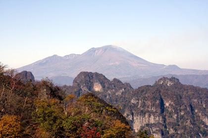 裏妙義と浅間山