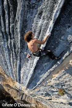 Chris Sharma @Humildes pa Casa (5.14b)