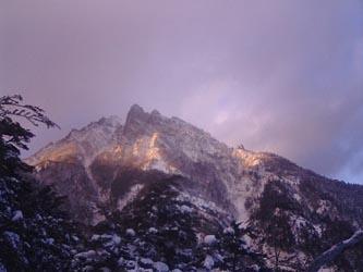 残照の赤岳