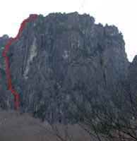 赤が登攀ライン