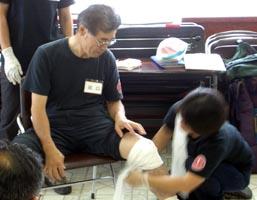 膝出血の応急処置
