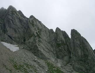 八ツ峰VI峰フェース群 右から A、B、C、Dフェース