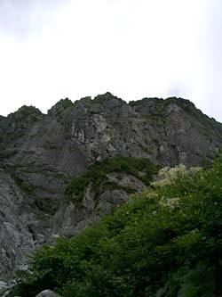 岩小舎からの屏風岩東壁