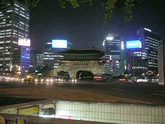 南大門広場