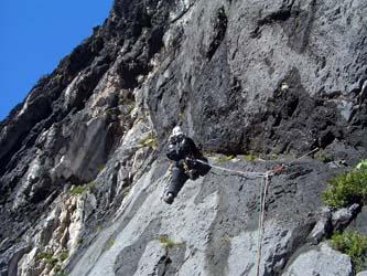 5P目 うめぼし岩の下のトラバース