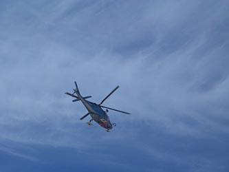 富山県警のヘリ 先日墜落した静岡県警のヘリと同型です